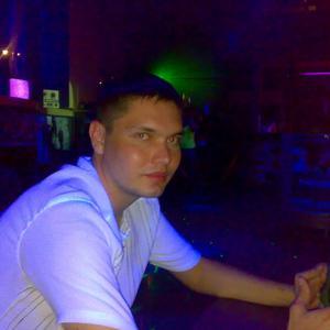 Александр, 35 лет, Новозыбков