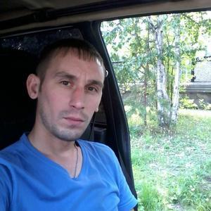 Юрий, 37 лет, Краснотурьинск