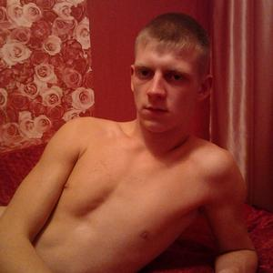 Максим, 27 лет, Краснотурьинск